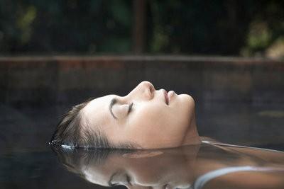 http://fotosimagenes.files.wordpress.com/2009/09/balnearios-madrid-relax.jpg?w=400&h=267